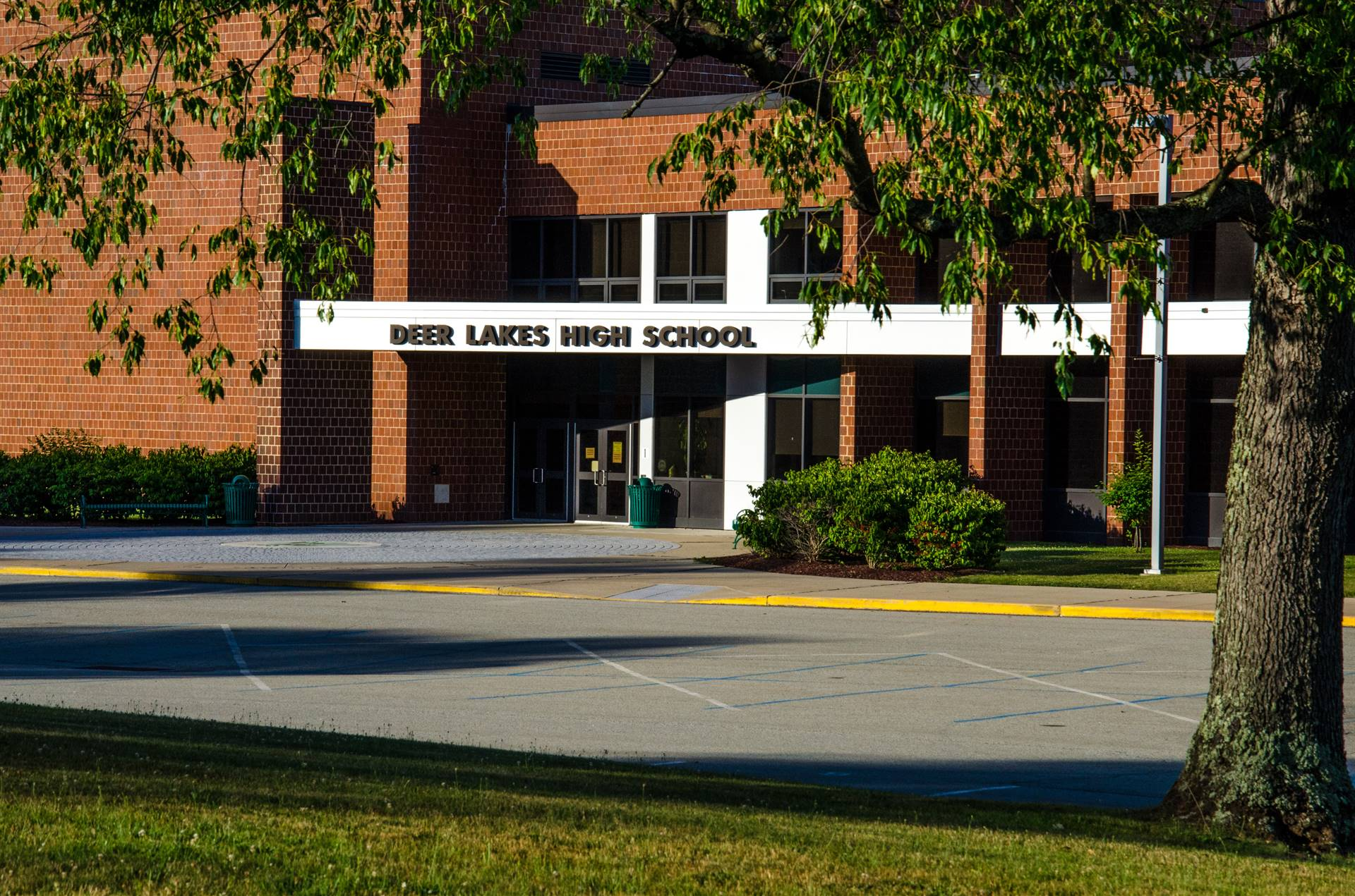 Deer Lakes High School